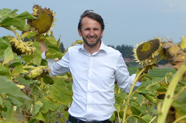 Pressefoto für Medien, Verlage, Magazine, TV und Rundfunk für die Berichterstattung über das Umweltengagement von Jakob Lipp.